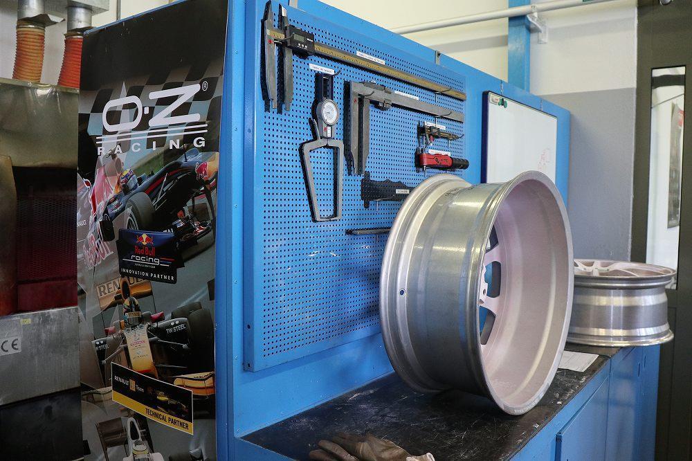 画像4: 画期的な実験システムでニュルブルクリンクでの走行を再現