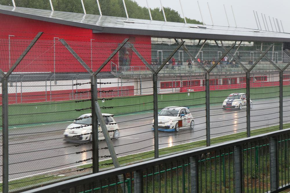 画像18: OZ Racing イタリア取材 第5部 トロフェオアバルトレース観戦|CARCLE MAGAZINE