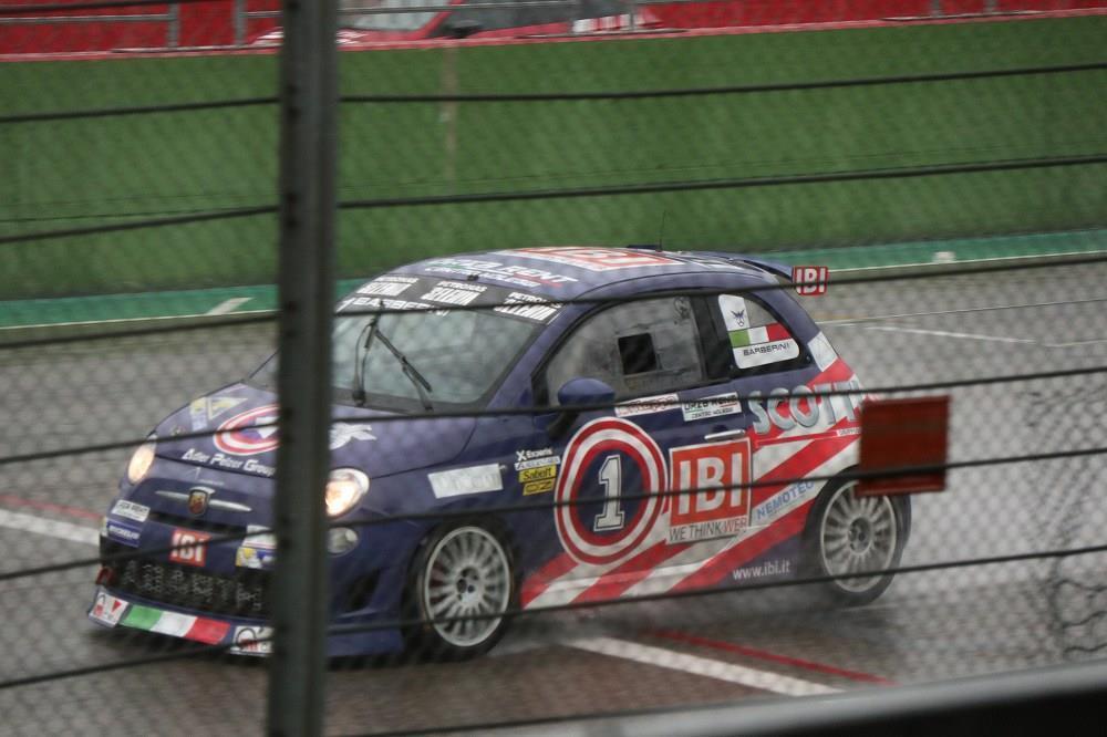 画像17: OZ Racing イタリア取材 第5部 トロフェオアバルトレース観戦|CARCLE MAGAZINE