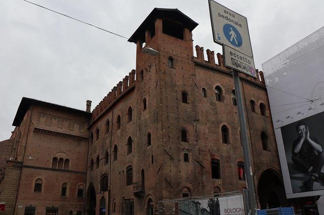 画像5: ボローニャの斜塔