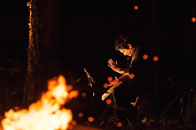 画像: 「自然と共に平和を愛してきた縄文人の記憶の音を鳴らしたい」と茂呂さん PHOTOGRAPHS: Ⓒ ONESTORY