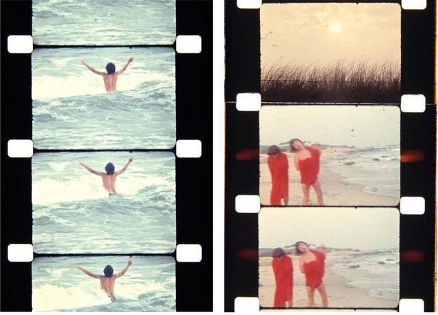 画像: (写真左)海で泳ぐジョン・F・ケネディ・ジュニア (写真右)アンソニー・ラジウィル、ジョン・F・ケネディ・ジュニア。背景に見えるのがウォーホルとモリセイの邸宅