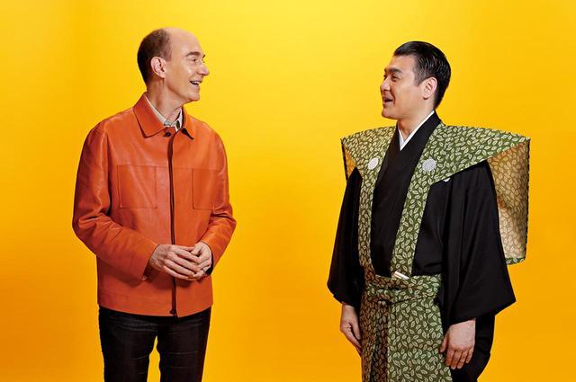 画像: ジル・サンダーのレザージャケットを着たキャンベルと、普段は革ジャン好きという織太夫。対談後はファッション談議で盛り上がった