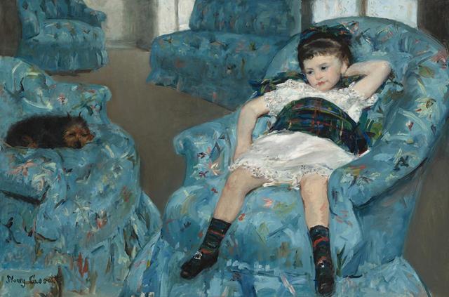 画像: メアリー・カサット《青い肘掛け椅子に座る少女》 1878年 ワシントン・ナショナル・ギャラリー所蔵 NATIONAL GALLERY OF ART, WASHINGTON, COLLECTION OF MR, AND, MRS PAUL MELLON, 1983.1.18 COURTESY OF NATIONAL GALLERY OF ART, WASHINGTON