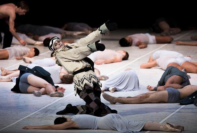 画像1: 傑作「椿姫」をその目で!  ジョン・ノイマイヤー率いる ハンブルク・バレエ団が来日