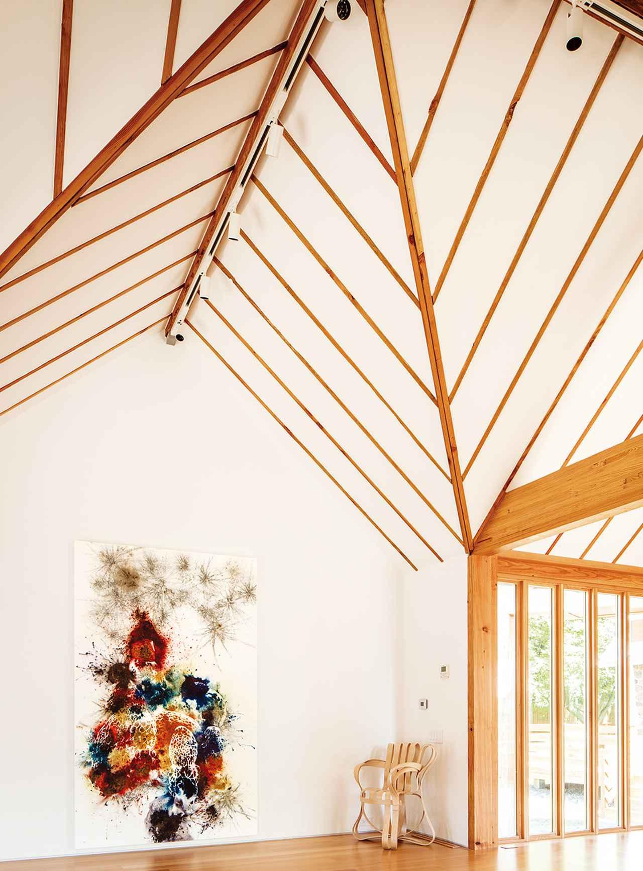 Images : 4番目の画像 - 「フランク・ゲーリーが 馬牧場に作り上げた蔡國強の家 <前編>」のアルバム - T JAPAN:The New York Times Style Magazine 公式サイト