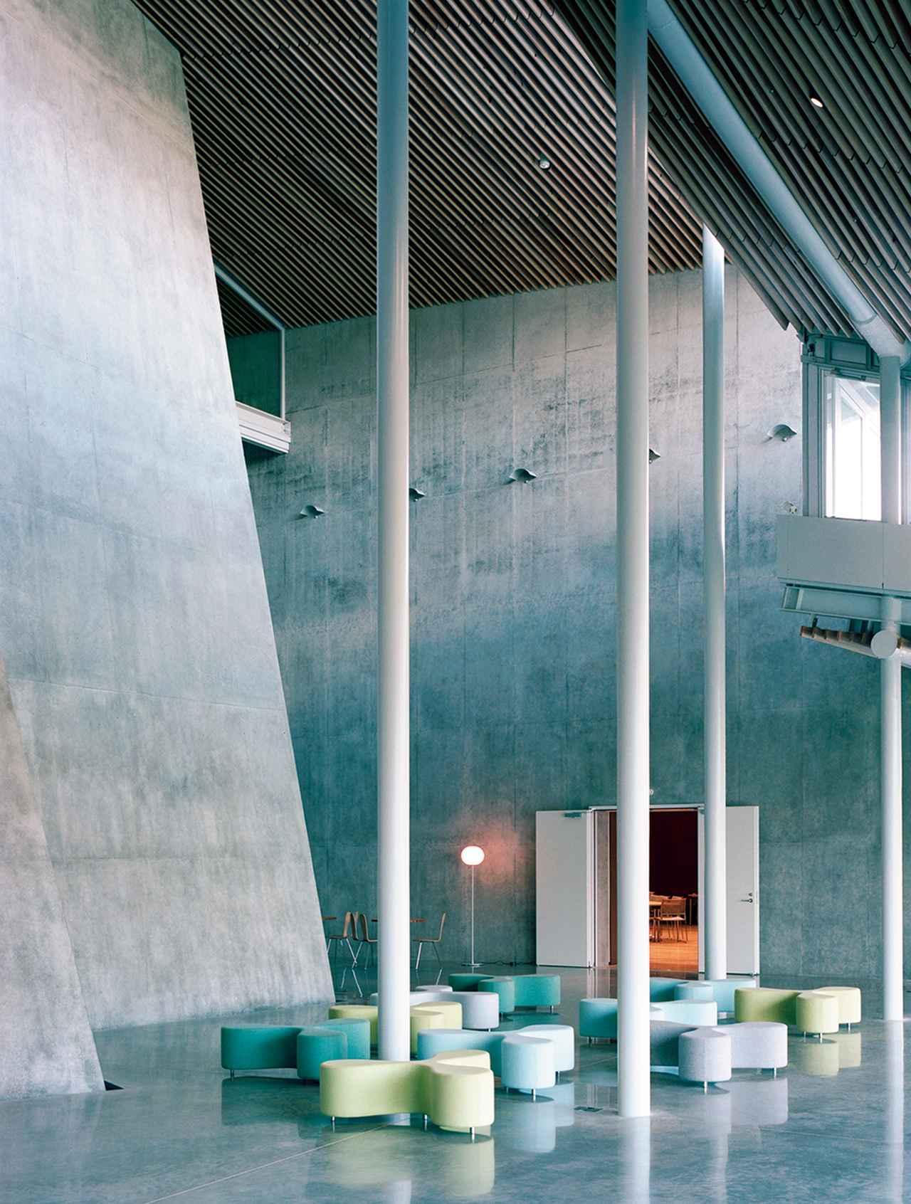 Images : 6番目の画像 - 「既成概念を軽やかに超える 建築家・妹島和世」のアルバム - T JAPAN:The New York Times Style Magazine 公式サイト