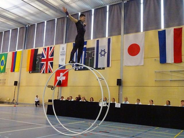 画像: 2018年5月の世界大会で「直転」競技中の髙橋選手 COURTESY OF YASUHIKO TAKAHASHI