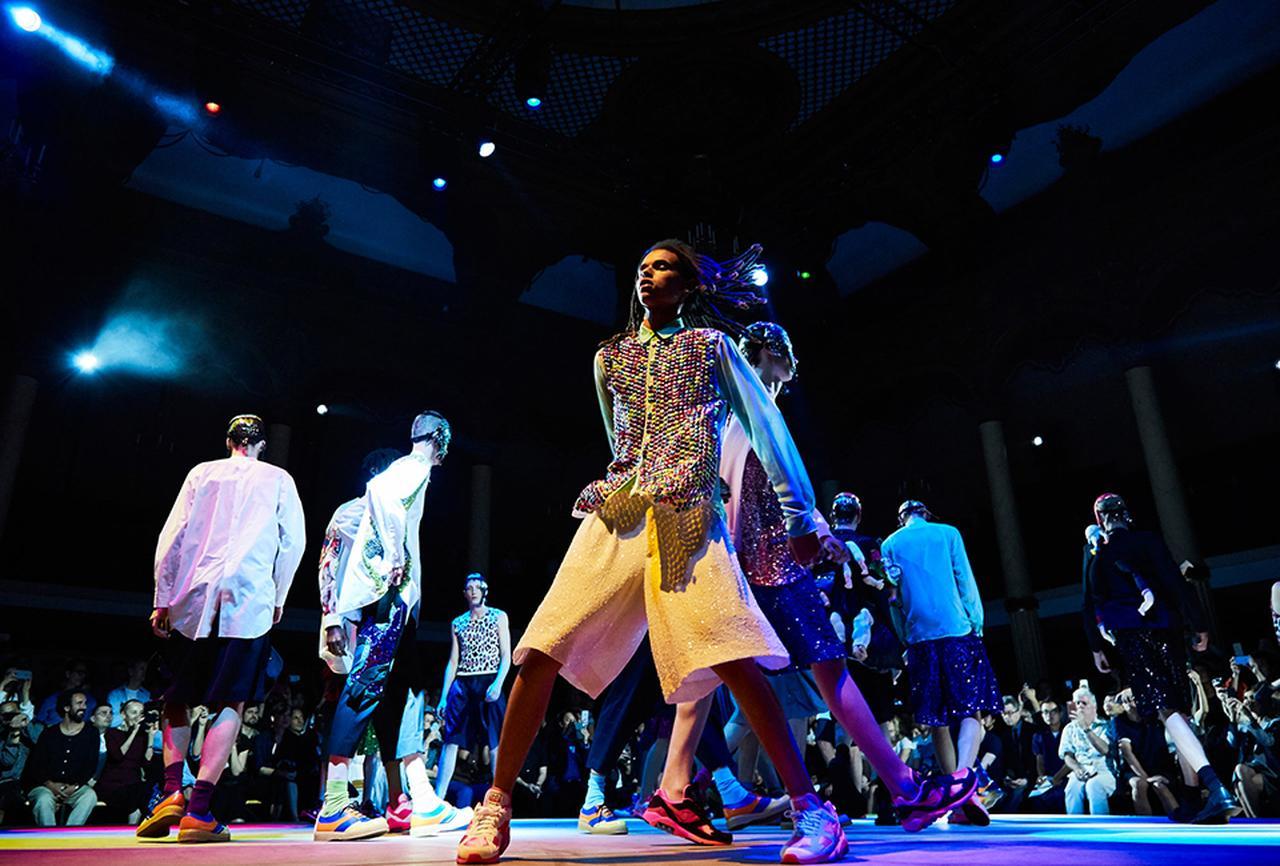 Images : 18番目の画像 - 「2018年春夏 パリ・メンズ・コレクションの ハイライト」のアルバム - T JAPAN:The New York Times Style Magazine 公式サイト