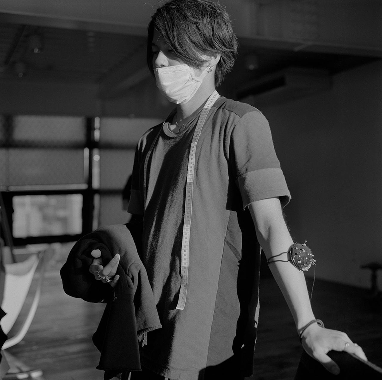 Images : 4番目の画像 - 「アンダーカバーのスタジオで 高橋 盾の内なる世界をのぞく」のアルバム - T JAPAN:The New York Times Style Magazine 公式サイト