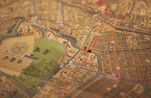 画像: 江戸の古地図を手に、超斬新に変貌を遂げた大手町付近を散策