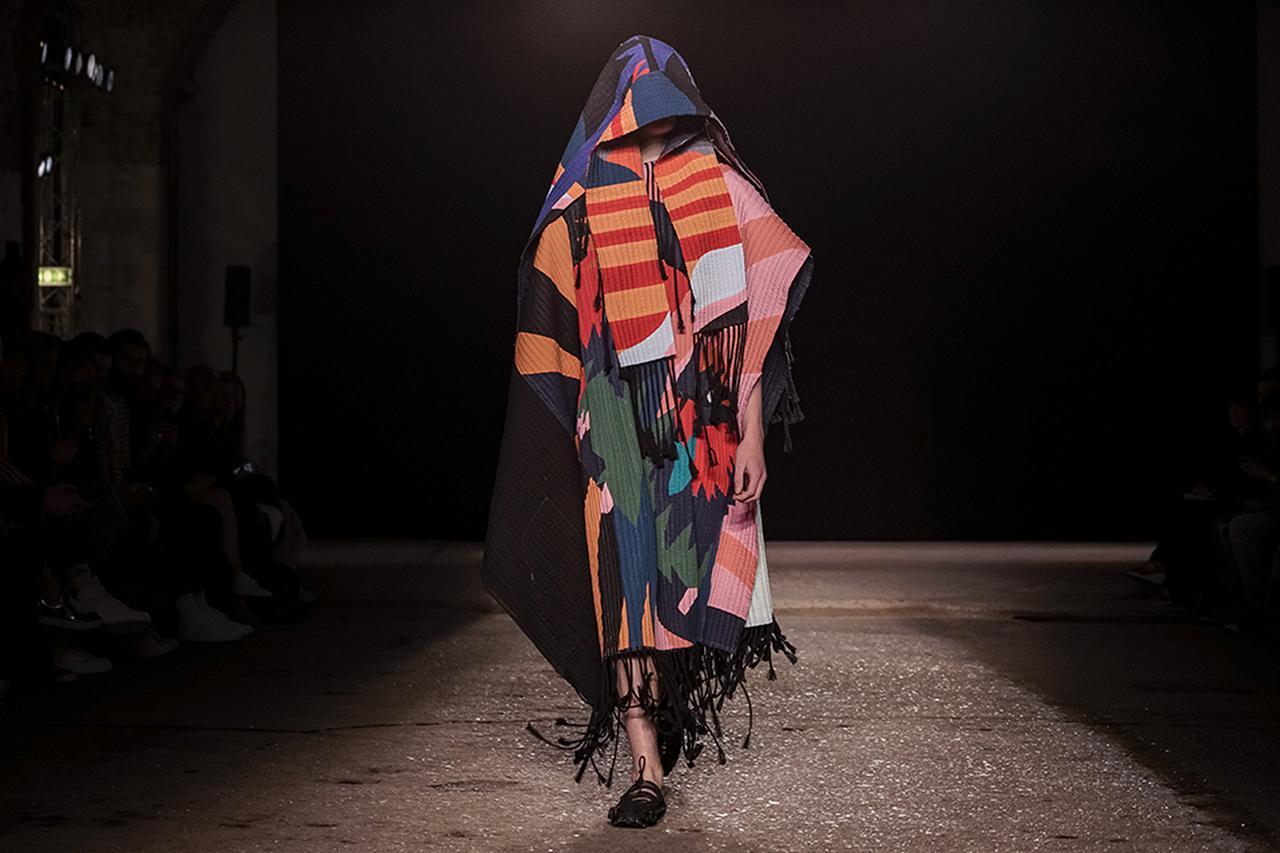 Images : 8番目の画像 - 「2018年春夏 ロンドン・メンズ・コレクション 総まとめ」のアルバム - T JAPAN:The New York Times Style Magazine 公式サイト