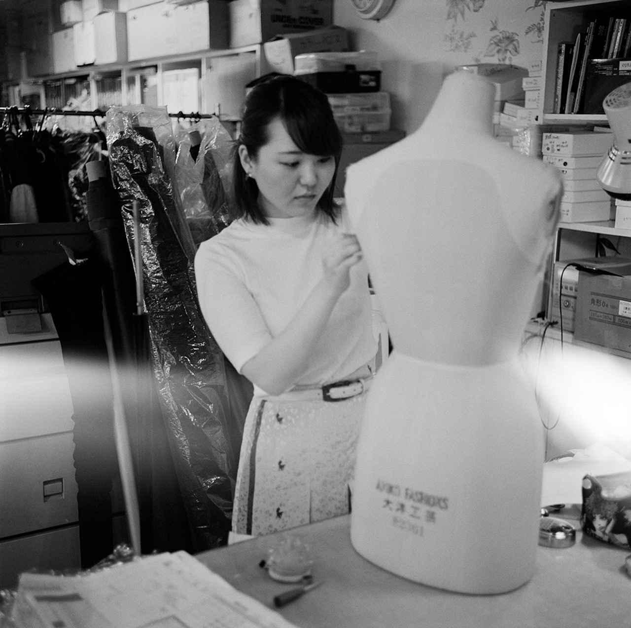 Images : 5番目の画像 - 「アンダーカバーのスタジオで 高橋 盾の内なる世界をのぞく」のアルバム - T JAPAN:The New York Times Style Magazine 公式サイト