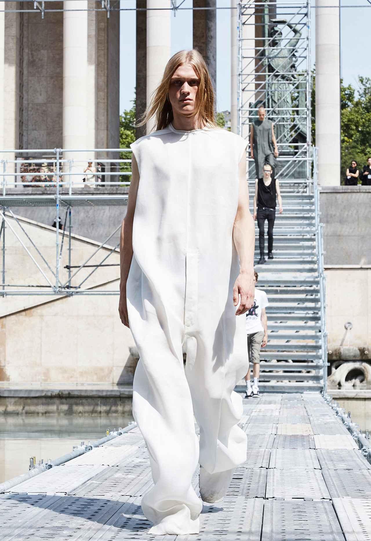 Images : 13番目の画像 - 「2018年春夏 パリ・メンズ・コレクションの ハイライト」のアルバム - T JAPAN:The New York Times Style Magazine 公式サイト