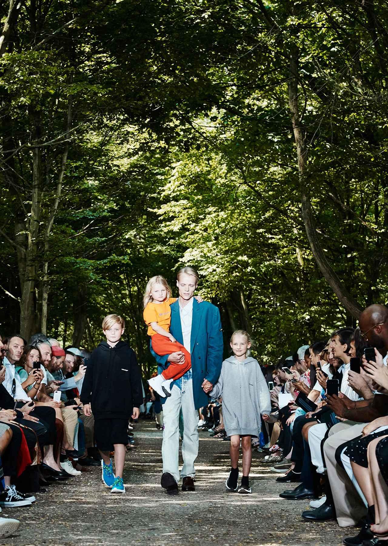 Images : 4番目の画像 - 「2018年春夏 パリ・メンズ・コレクションの ハイライト」のアルバム - T JAPAN:The New York Times Style Magazine 公式サイト