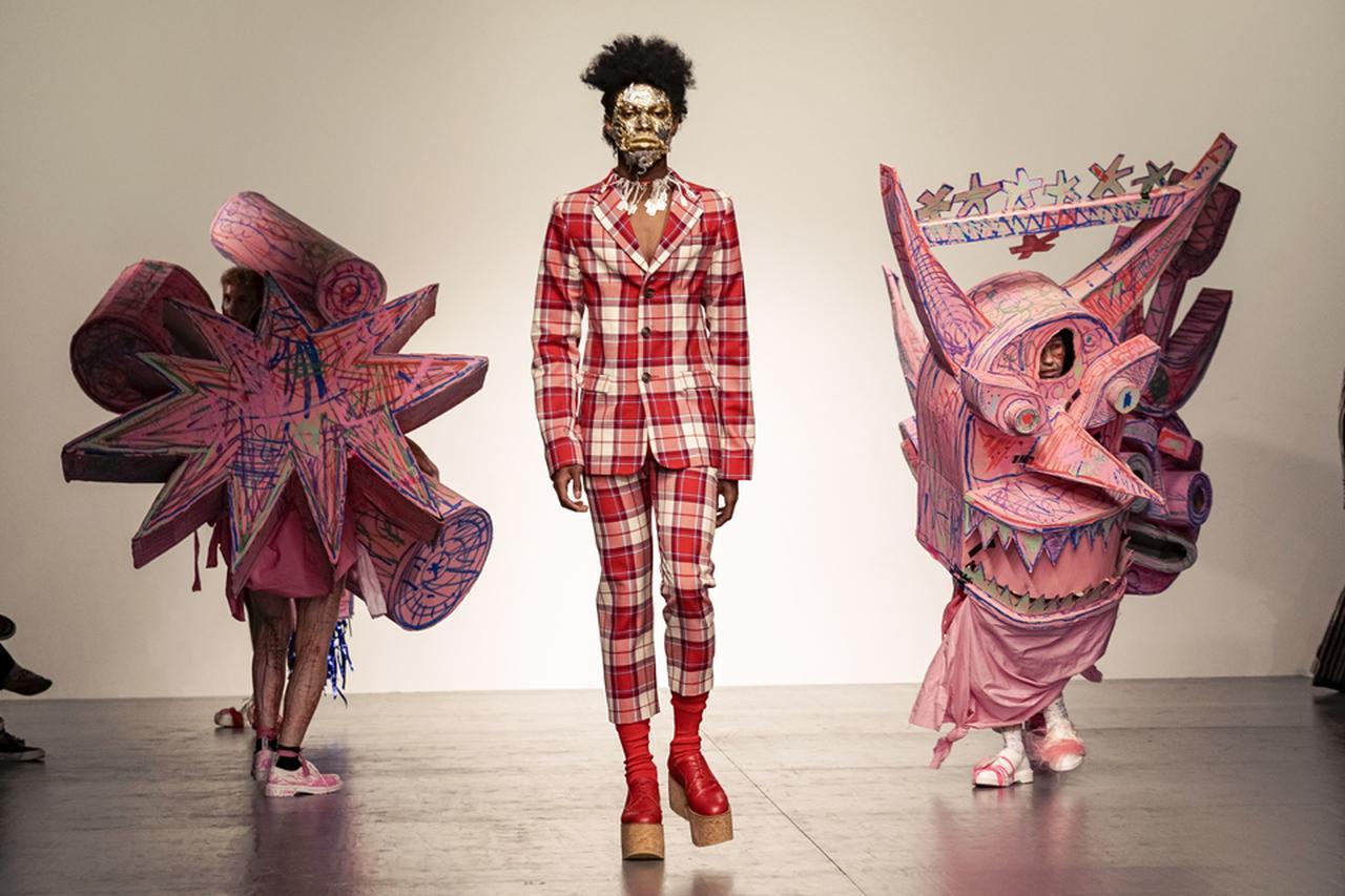 Images : 3番目の画像 - 「2018年春夏 ロンドン・メンズ・コレクション 総まとめ」のアルバム - T JAPAN:The New York Times Style Magazine 公式サイト
