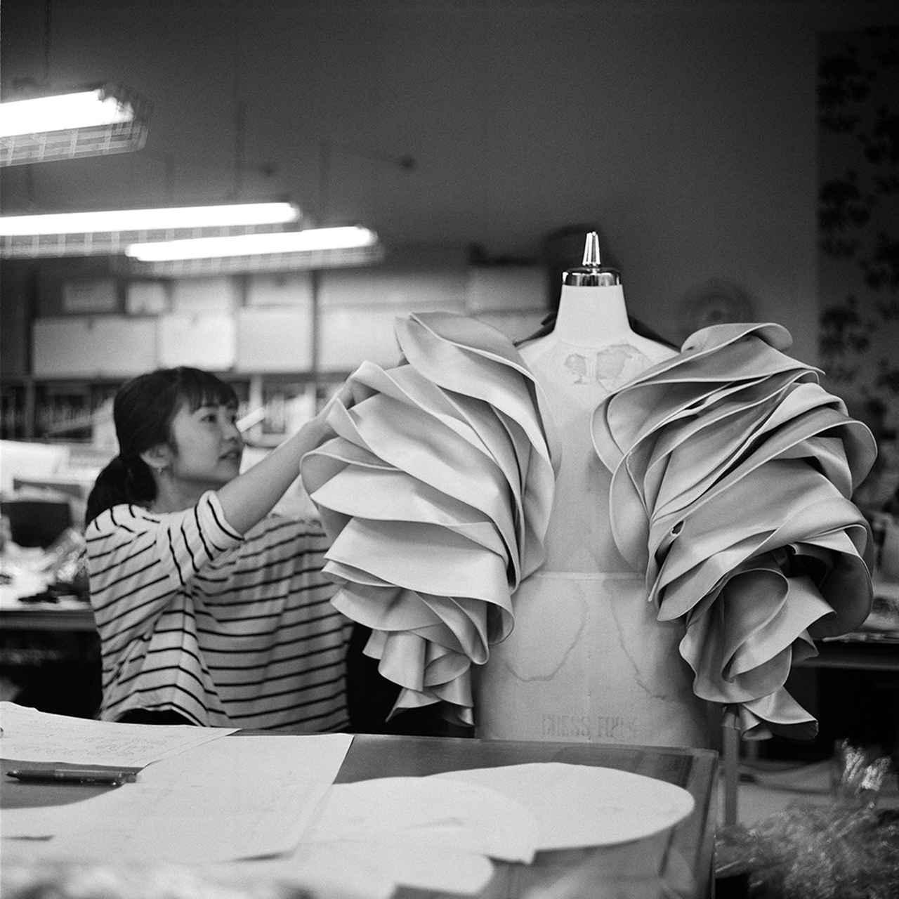 Images : 6番目の画像 - 「アンダーカバーのスタジオで 高橋 盾の内なる世界をのぞく」のアルバム - T JAPAN:The New York Times Style Magazine 公式サイト