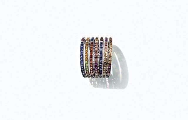 画像: 「フ・ドゥ・シエル」のブレスレット <ホワイトゴールド、トルマリン、ガーネット、アイオライト、インペリアルトパーズ、ダイヤモンド>