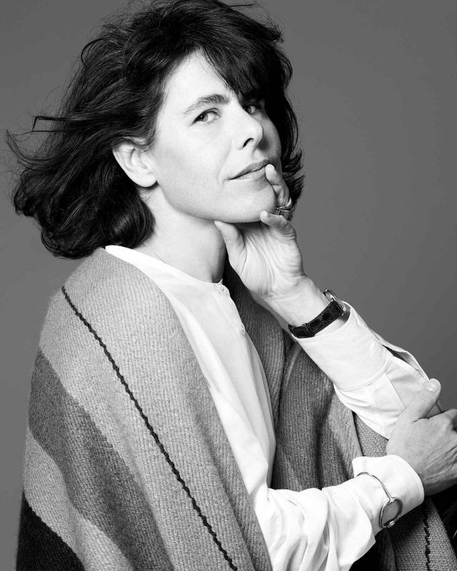 画像: バリ・バレ エルメス レディス部門アーティスティック ディレクター。1998年、自身のブランドを立ち上げる。2003年よりエルメスのスカーフコレクションをデザイン。06年、シルクとテキスタイル部門のアーティスティック・ディレクターに就任。09年より現職に PHOTOGRAPH BY LIZ COLLINS