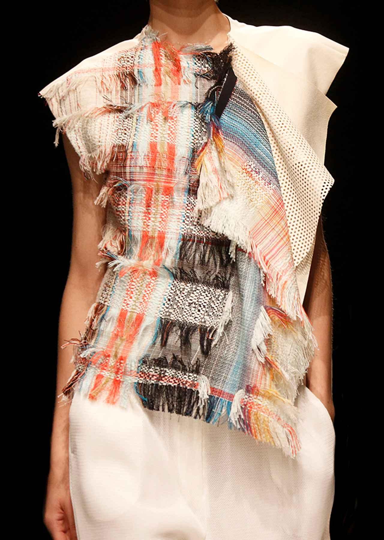 Images : 10番目の画像 - 「いい服に、ありがとう。 「サポートサーフェス」の服が 着心地よく美しい理由」のアルバム - T JAPAN:The New York Times Style Magazine 公式サイト
