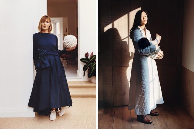 画像: 自前の「エッグ」の服を着た顧客たち。 (写真左)ロンドンに住み、レストラン「スプリング」を運営するシェフのスカイ・ジンゲル。 (写真右)建築家でインテリア・デザイナーでもあるゾーイ・チャン・エイアーズ。娘のマックス・ライラ・ローズを抱いて