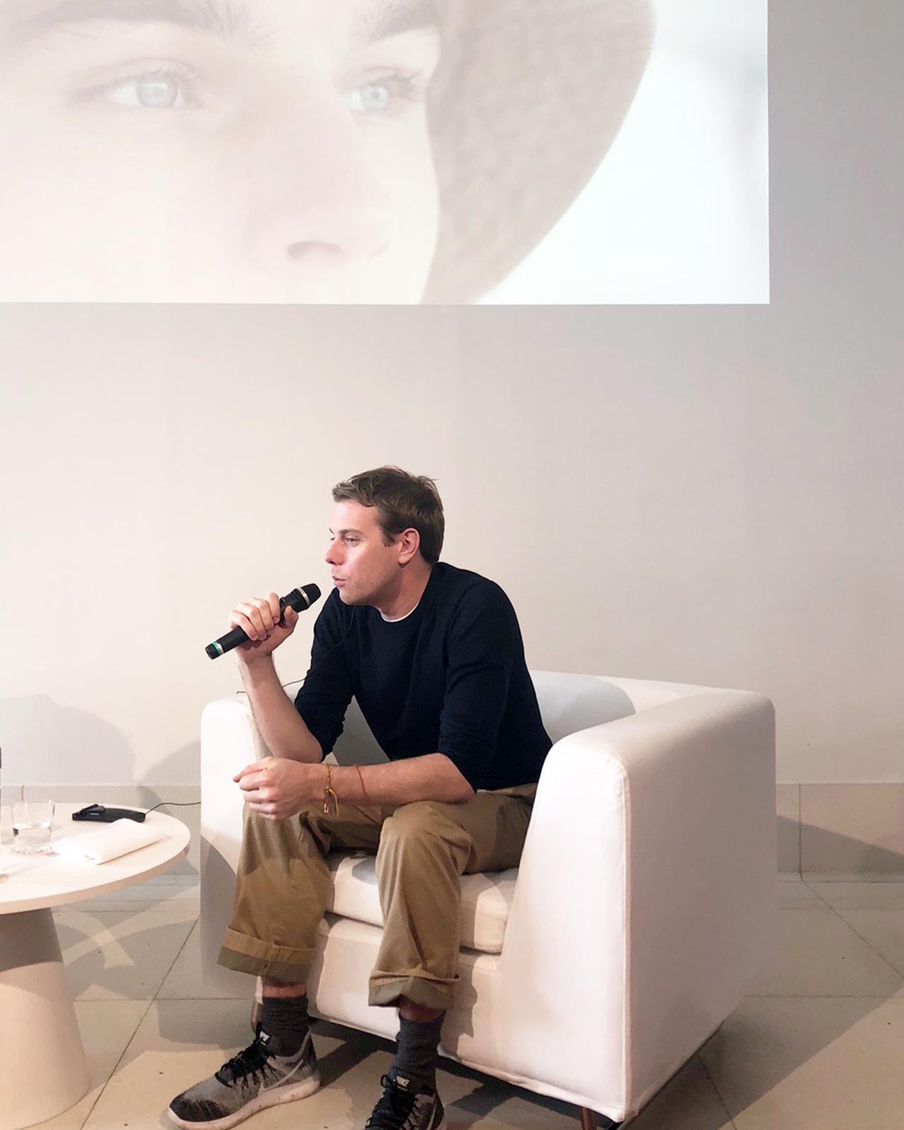 """Images : 1番目の画像 - 「ジョナサン・アンダーソンが """"普通の服""""を作る理由」のアルバム - T JAPAN:The New York Times Style Magazine 公式サイト"""