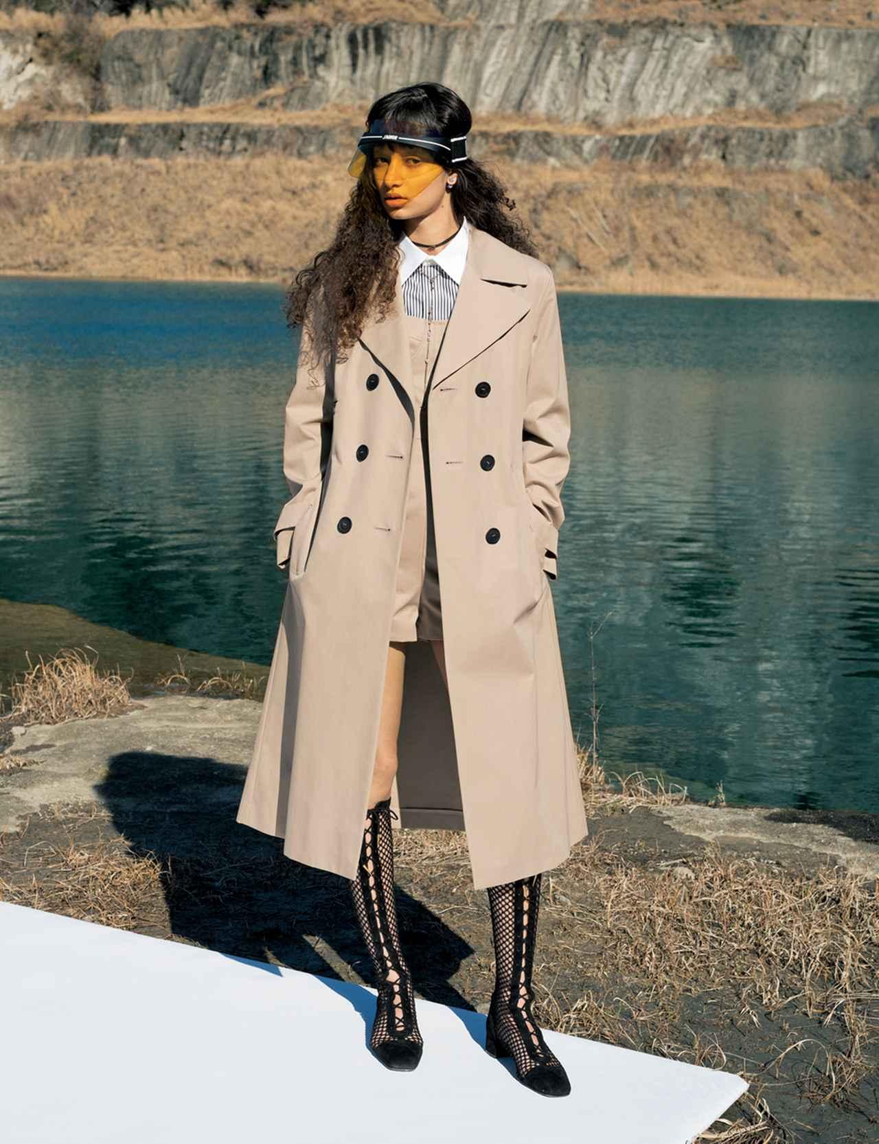 画像 : 4番目の画像 - 「トレンチコートの多様性」のアルバム - T JAPAN:The New York Times Style Magazine 公式サイト