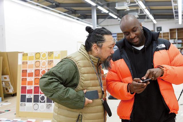 画像: ふたりは常にインスタグラムをチェック。情報はここから得ている PHOTOGRAPH BY KOICHIRO MATSUI