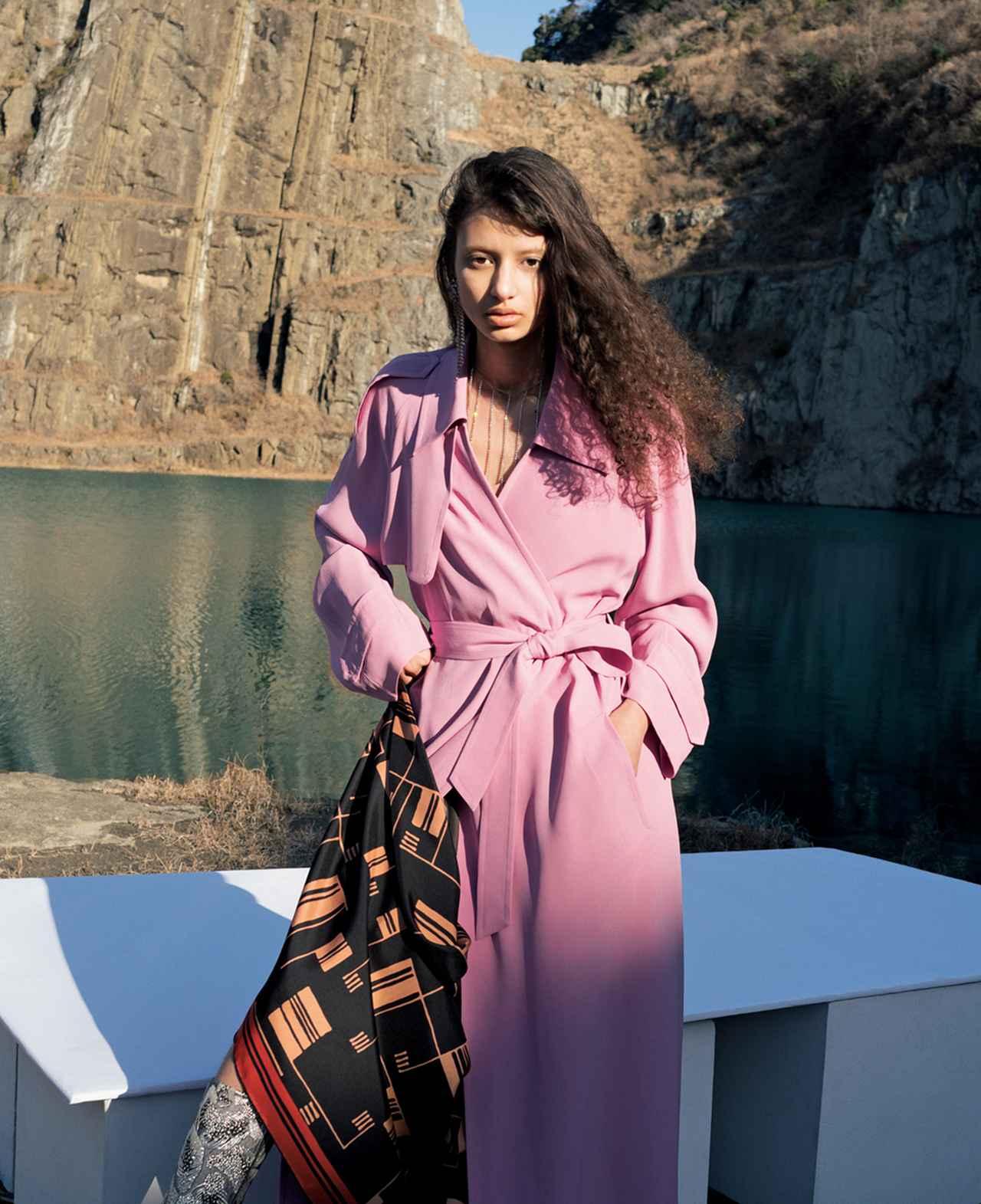 Images : 6番目の画像 - 「トレンチコートの多様性」のアルバム - T JAPAN:The New York Times Style Magazine 公式サイト