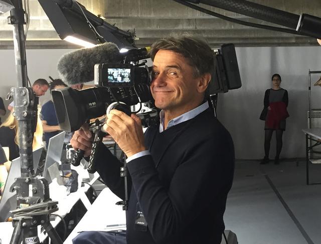 画像1: 孤高のデザイナー、 ドリス・ヴァン・ノッテンを 撮った監督にインタビュー