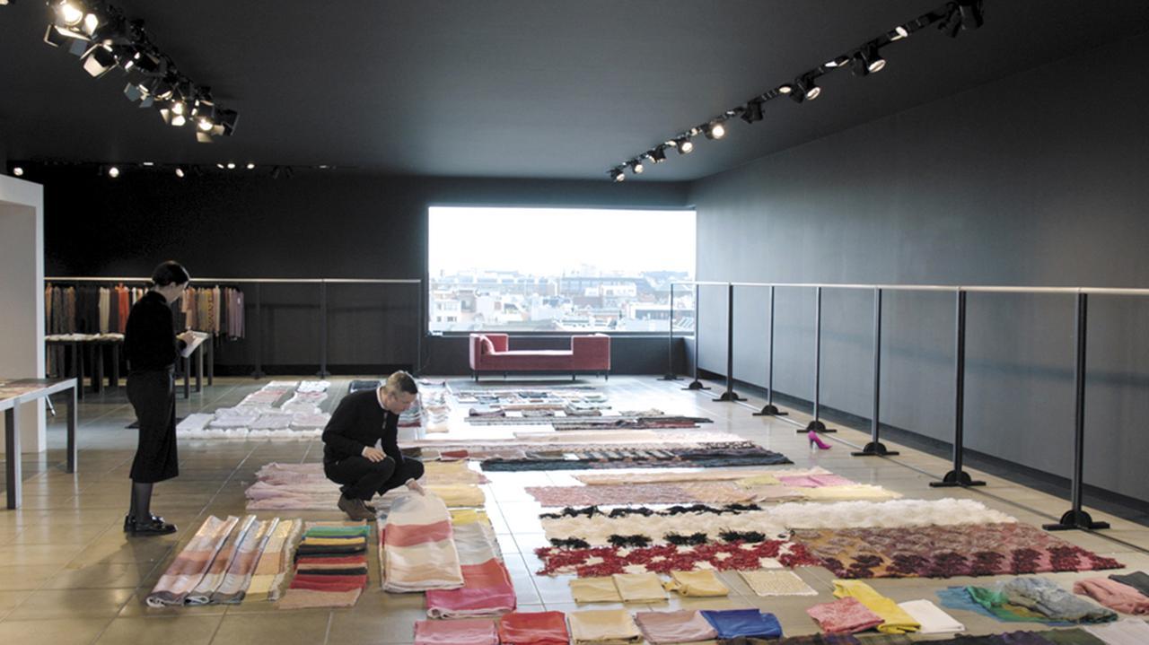 Images : 6番目の画像 - 「孤高のデザイナー、 ドリス・ヴァン・ノッテンを 撮った監督にインタビュー」のアルバム - T JAPAN:The New York Times Style Magazine 公式サイト