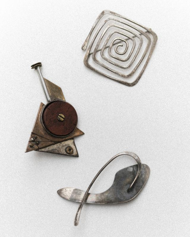 画像: 上から、エド・ウィーナー、ピーター・マッキィアリーニ、フィリス・スターリンの作品 COURTESY OF MET AND WEAR