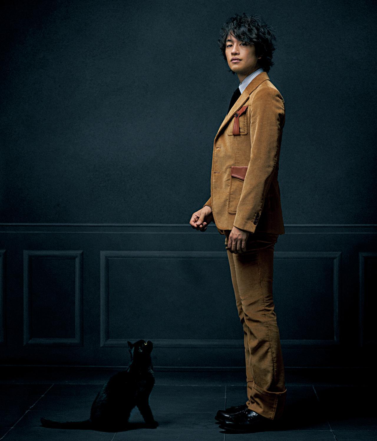 Images : 1番目の画像 - 「斎藤 工、かく纏いし」のアルバム - T JAPAN:The New York Times Style Magazine 公式サイト