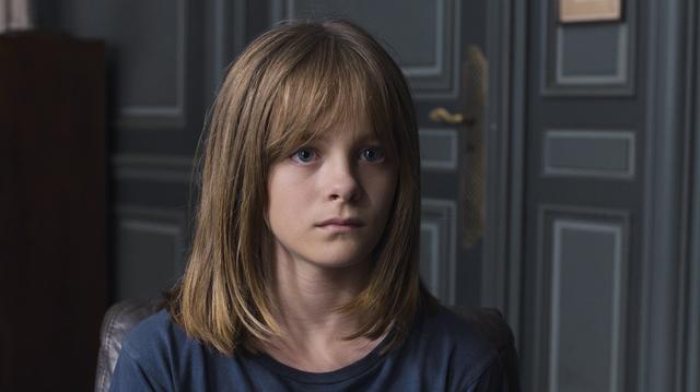 画像: エヴ役に抜擢されたファンティーヌ・アルドゥアンは、2005年ベルギー生まれ。昨年公開された『少女ファニーと運命の旅』ではヒロインの妹役を演じた
