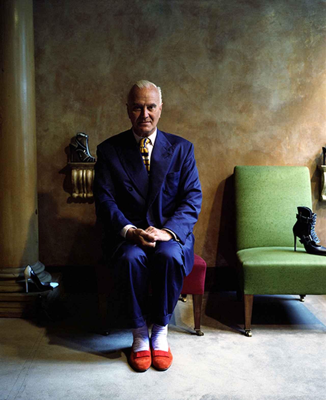 Images : 1番目の画像 - 「マノロ・ブラニクの頭の中にあるもの」のアルバム - T JAPAN:The New York Times Style Magazine 公式サイト