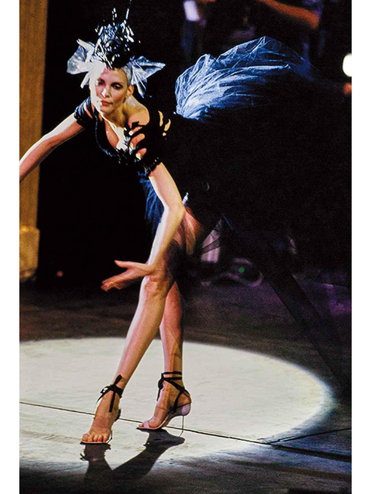 Images : 9番目の画像 - 「マノロ・ブラニクの頭の中にあるもの」のアルバム - T JAPAN:The New York Times Style Magazine 公式サイト