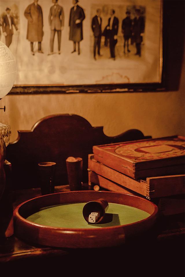 画像: 「ラ・メゾン・ドゥ・バッサン」のクラブ風バー