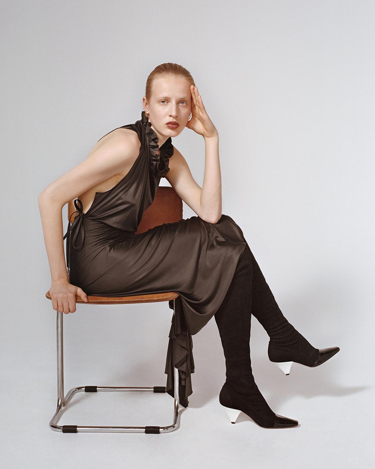 Images : 2番目の画像 - 「蘭をイメージした ミニマルなシューズブランド 「ネオアス」」のアルバム - T JAPAN:The New York Times Style Magazine 公式サイト