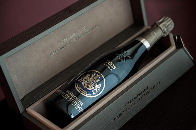 画像: シャルドネ100%で繊細な果実味。 「シャンパーニュ・バロン・ド・ロスチャイルドブラン・ド・ブラン ヴィンテージ 2008」 ¥39,000