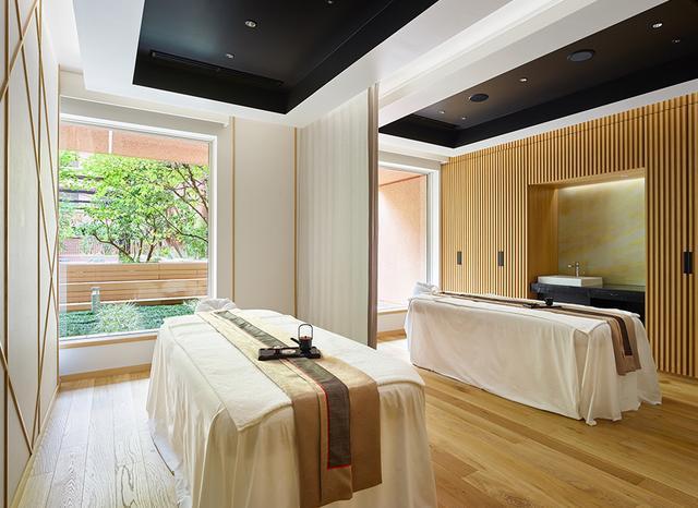 画像: Spa「AMUSTAS(アマスタス)」にはダブルルーム、シングルルームが各ひと部屋ずつ。「AMUSTAS」を逆さに読めば「薩摩」となる、遊び心のあるネーミング