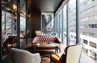 「NAMIKI667 Bar & Lounge」のラウンジ
