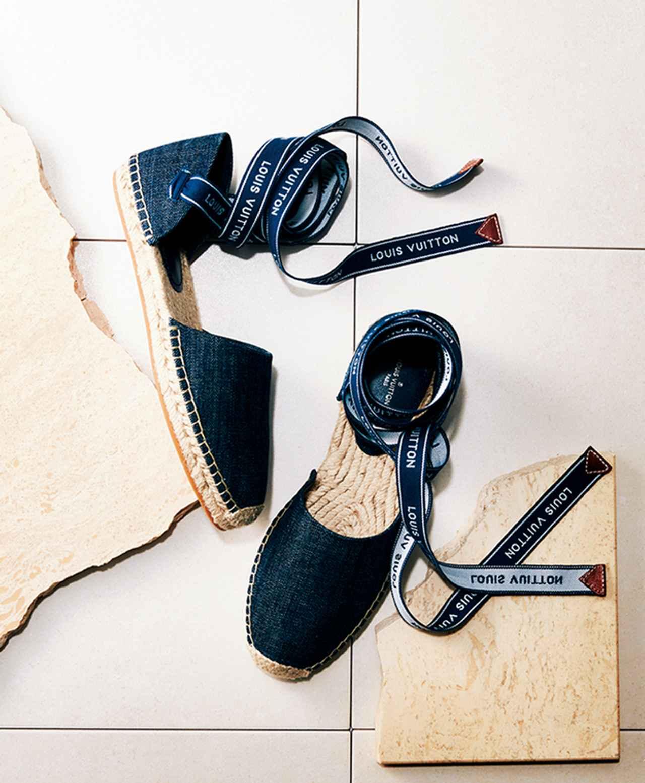 """Images : 1番目の画像 - 「返ってきた """"エスパドリーユ""""人気!  夏のデイリーシューズ」のアルバム - T JAPAN:The New York Times Style Magazine 公式サイト"""
