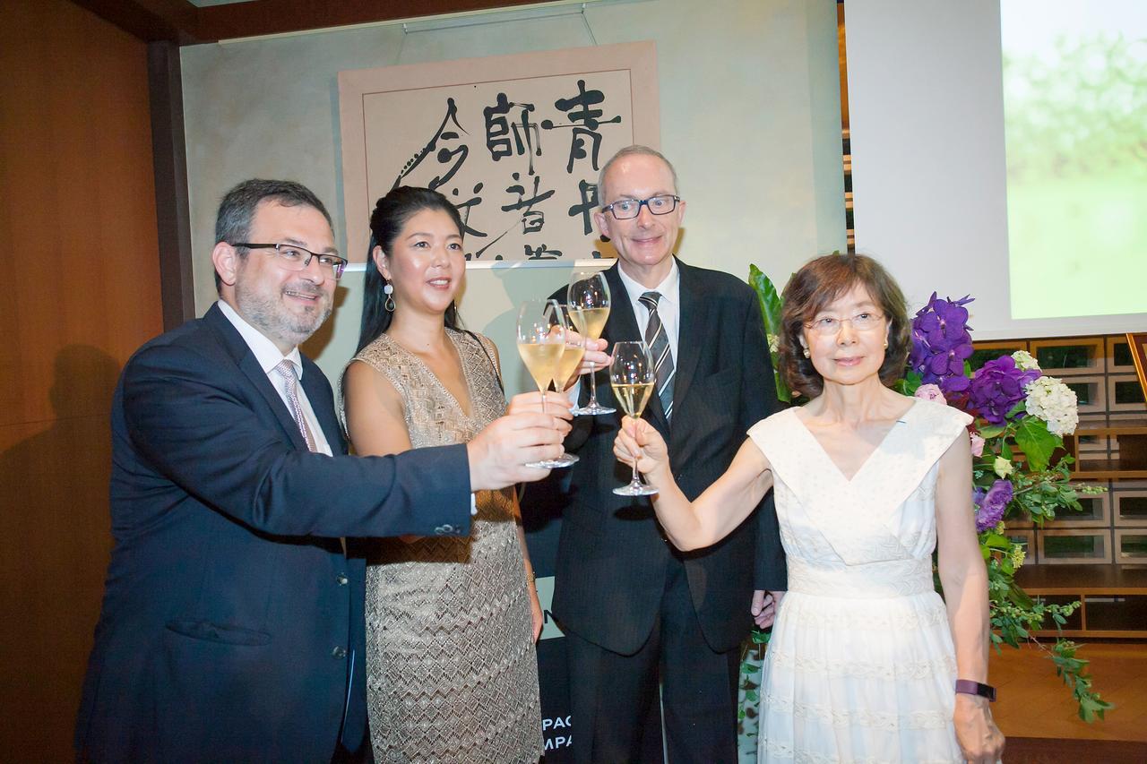 Images : 3番目の画像 - 「「グラスシャンパンを気軽に」 シャンパーニュ委員会日本事務局 21年の歩み」のアルバム - T JAPAN:The New York Times Style Magazine 公式サイト