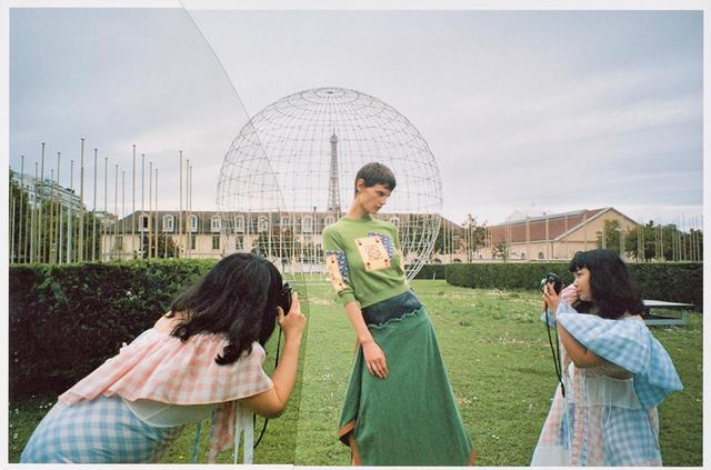 画像2: 注目の日本人アーティストと コラボレーション! ロエベのビジュアルブック