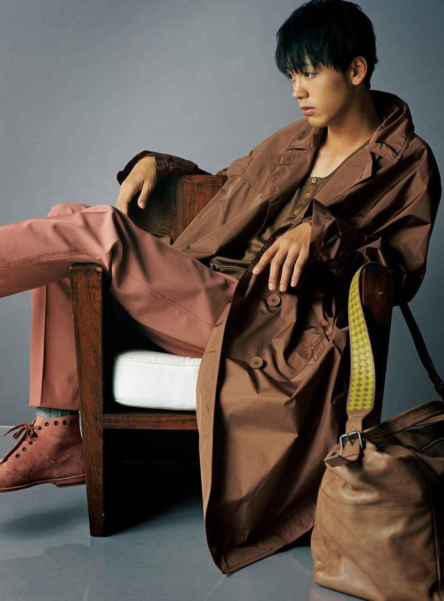 画像2: 竹内涼真 ボッテガ・ヴェネタの モダニティを着る
