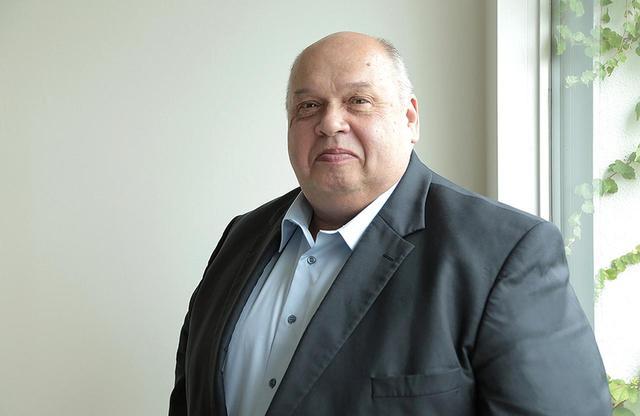 画像: 「ドメーヌ・ローラン ペール・エ・フィス」のオーナー兼醸造責任者、ドミニク・ローラン氏