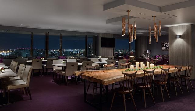 画像: 26階にある眺望のすばらしい「エグゼクティブ ラウンジ」。エグゼクティブフロア滞在のゲストは、6:30~23:30まで利用可能