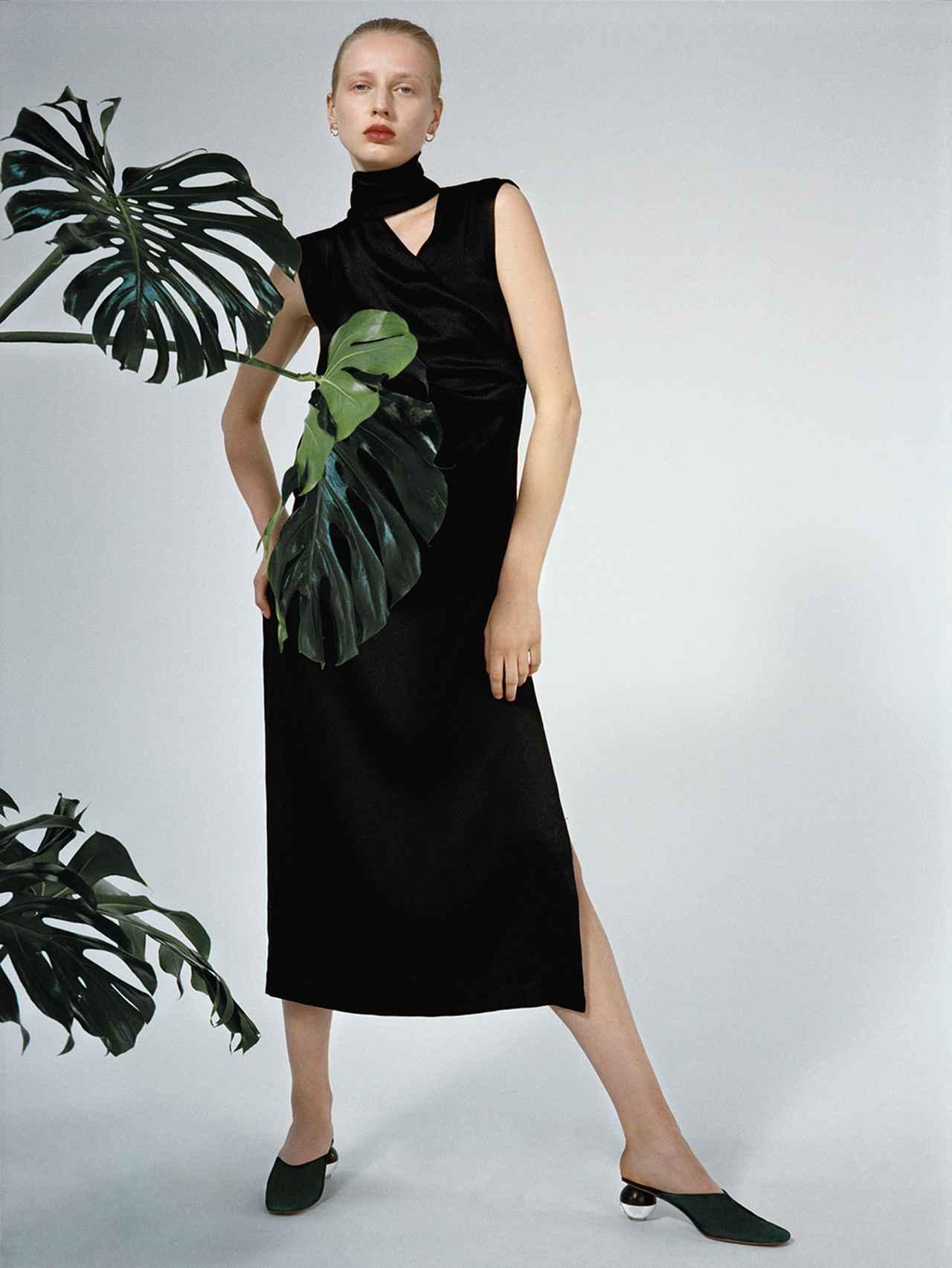Images : 1番目の画像 - 「蘭をイメージした ミニマルなシューズブランド 「ネオアス」」のアルバム - T JAPAN:The New York Times Style Magazine 公式サイト