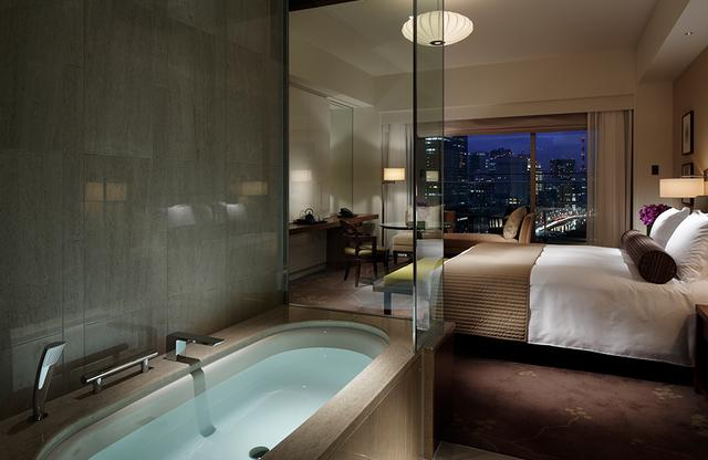 画像: デラックスルームのひとつ。シンプルモダンで使い勝手のいい客室は高い人気を誇る