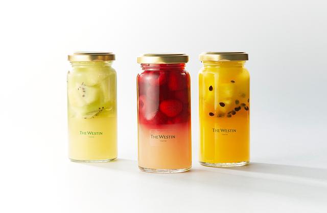 画像: (左)サマーフルーツゼリー「青リンゴとライムのゼリー&メロン・キウイ」 (中)サマーフルーツゼリー「ピーチゼリー&ラズベリー・チェリー」 (右)サマーフルーツゼリー「オレンジ&パイナップルパッションゼリー」 各¥650<8月31日まで販売>